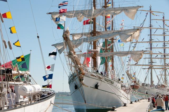 Jachtowa etykieta: bandery, flagi, proporce