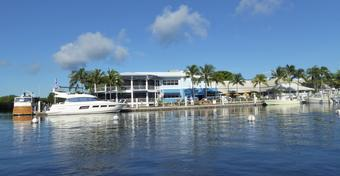Jachty Regal: FOTORELACJA z testów na Florydzie